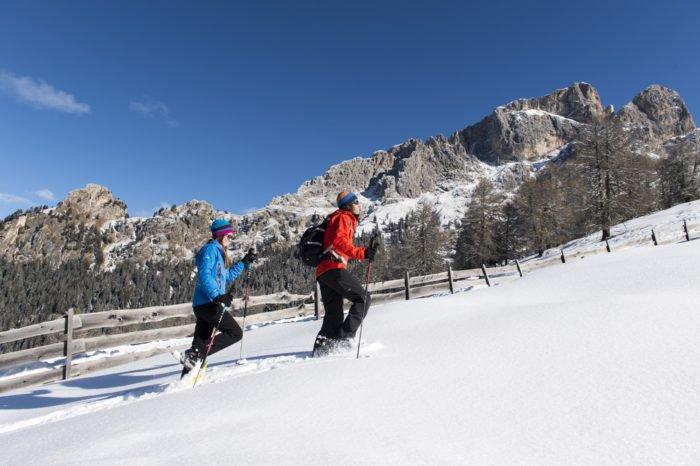 Winterliche Idylle im Familienskiurlaub auf der Seiser Alm in Südtirol
