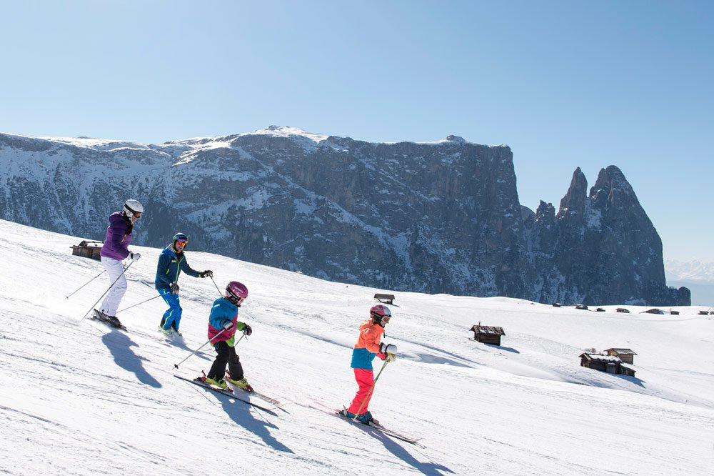 Family skiing holidays in South Tyrol - Winter sports paradise Alpe di Siusi